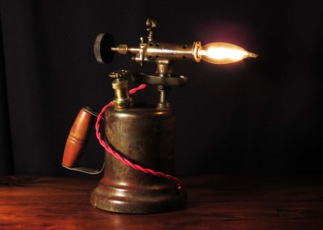 lampsoct16torch