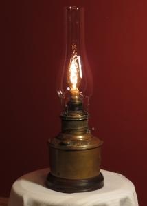 WebJuno-oil lamp