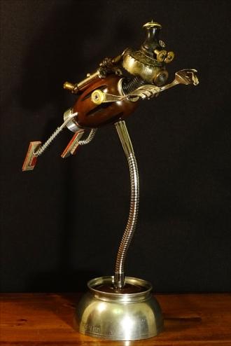 Lamp2019FlyingRobot1